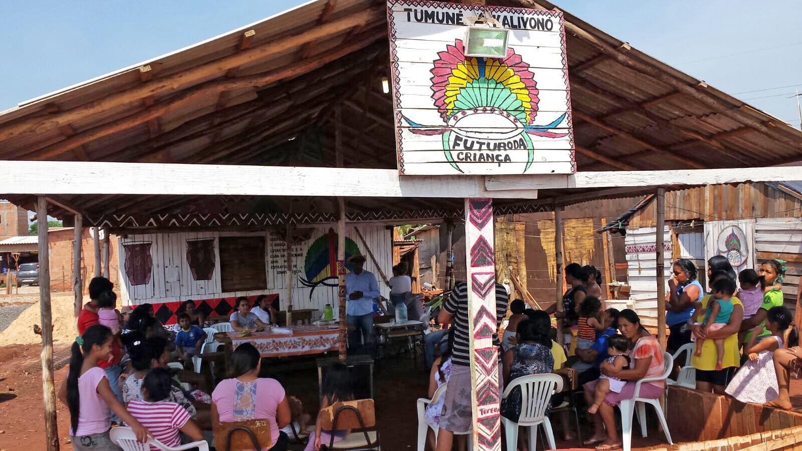 """A """"ocupação-manifesto"""" de indígenas na periferia de Campo Grande (MS)"""