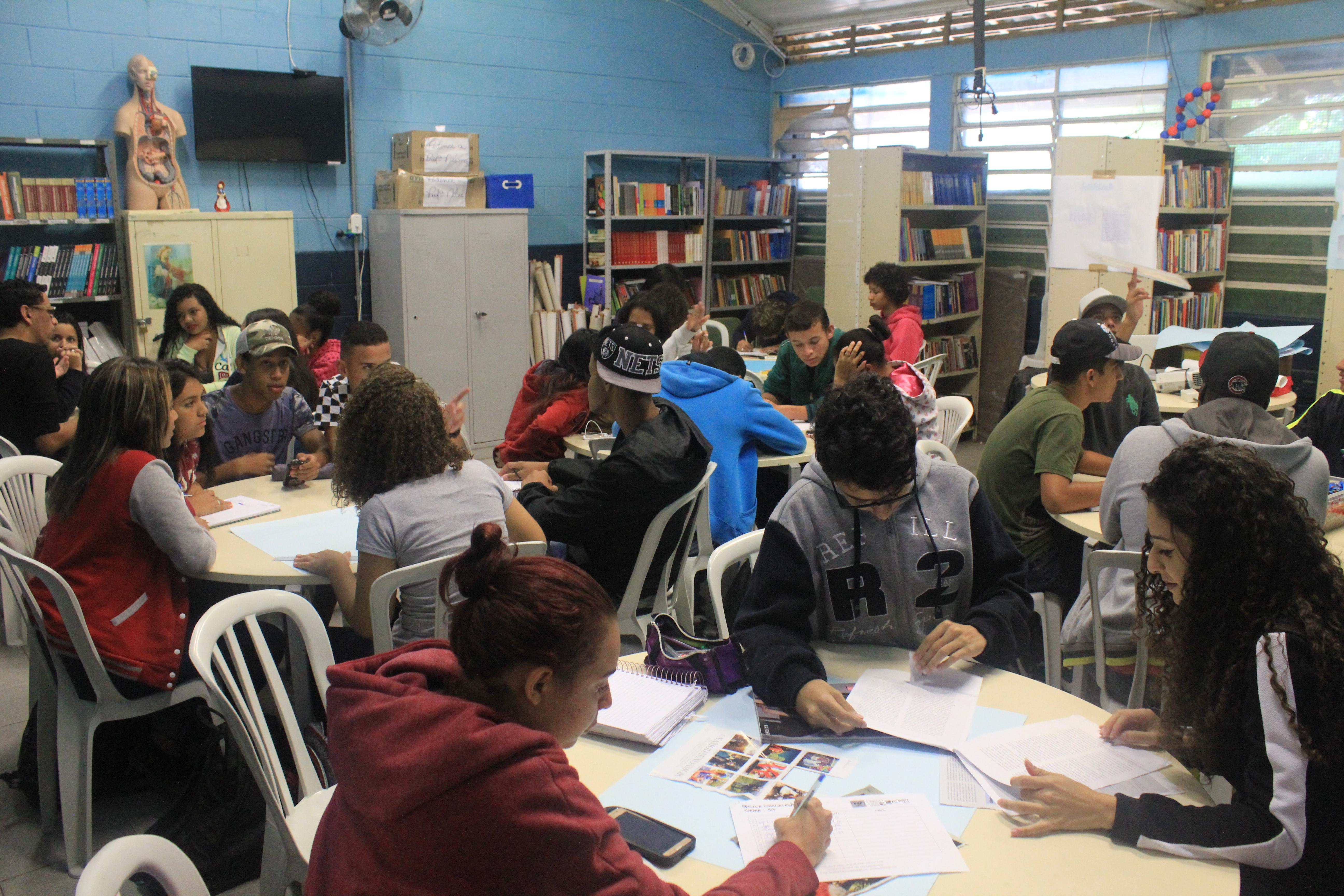 Juventude, sexualidade e direitos humanos: construindo pontes e aprendizados